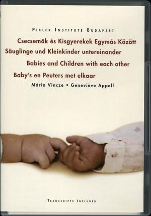 Csecsemől és kisgyerekek egymás között / Säuglinge und kleinkinder untereineander / Babies and children with each other / Bab's en Peuters met elkaar